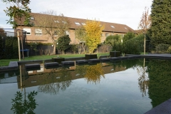 1_Schwimmteich-mit-Quellsteinstein-Quaderblöcken-13